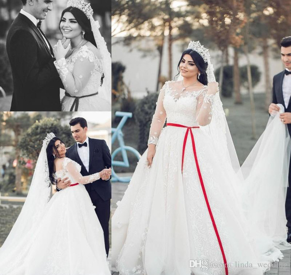 2019 Arabic Wedding Dress Exquisite Ball Gown Sheer Long Sleeves Lace Appliques Church Formal Bride Bridal Gown Plus Size Custom Made