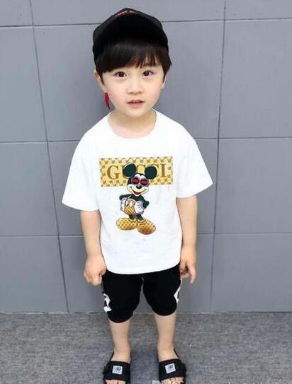 2019 Novo Designer Marca 2-9 Anos de Idade Do Bebê Meninos Meninas Camisetas Verão Camisa Tops Crianças Tees Crianças camisas Roupas t78
