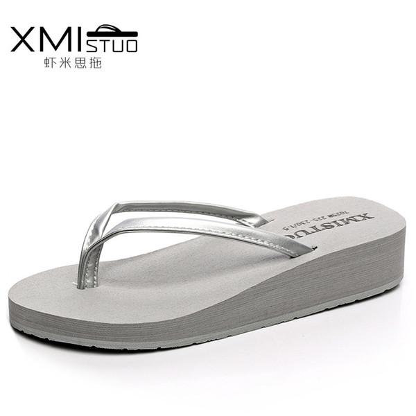 XMISTUO Marca Mujeres Moda Casual Chanclas Cuñas Zapatillas de plataforma Playa Sandalias de tacón grueso Logo Sandalias Zapatos de verano