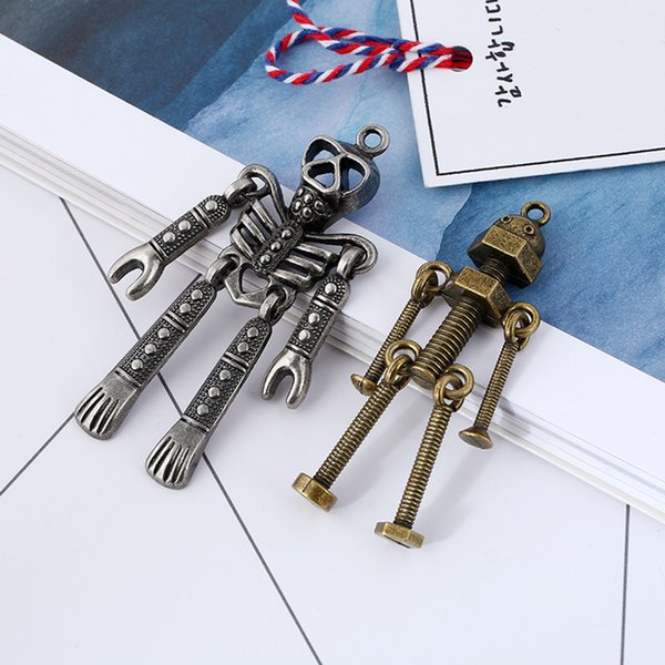 DIY Handmade Robot Model Metal Keychains Keyfob Mini Key Chain Handbag Charm Decor Men Gifts Fashion Car Keyring