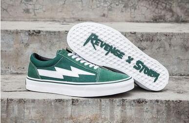 2018 New Revenge X Storm Old Skool Canvas Designer Sneakers Women Men Low Cut Skateboard Yellow Red Blue White Black Casual Shoes