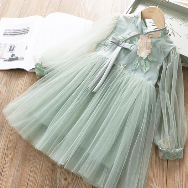 5234 vestito cinese della principessa della neonata del vestito dalla principessa del ricamo del fiore del fiore della molla Vestiti dai bambini della neonata