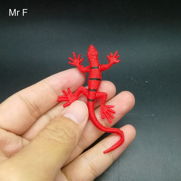Kid Gift Red Small Lizard Insert Practical Gags Novelty Toys Science Animals Nature Model Game