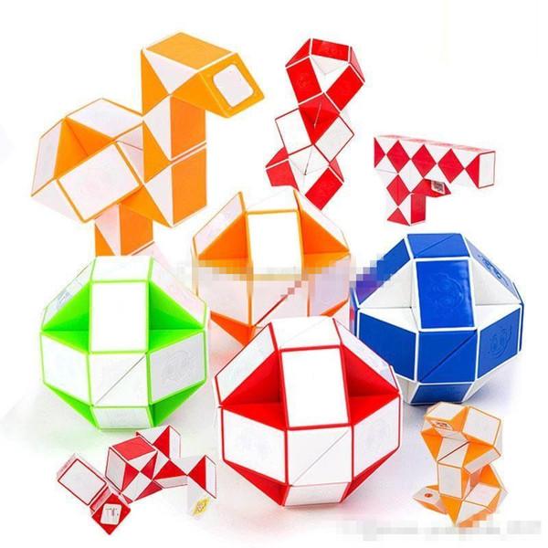 Mini Magic Cube Nuovo Hot Snake Forma Toy Game 3D Cube Puzzle Twist Puzzle Toy Regalo Giocattoli di Intelligenza Casuale Supertop Regali D0781