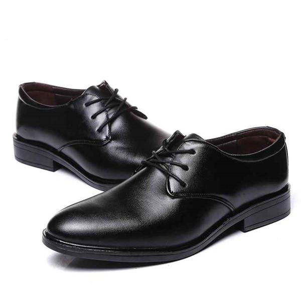 Sıcak Satış-Yeni Erkekler Marka Patent Deri Siyah Resmi Ayakkabı Erkekler Klasik Ofis İş Ayakkabıları Erkekler Zarif Sivri Burun Gelinlik ayakkabı
