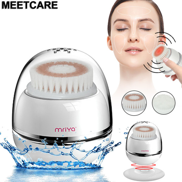top popular Smart Wireless Charging Sonic Vibrating Facial Cleansing Brush with Red Light Deep Pore Cleaning Exfoliation IPX6 Waterproof New 2021