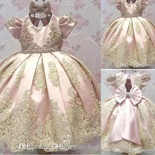 2018 Newest Short Sleeves Flower Girl Dresses Big Bow Toddler Jewel Gold Applique Kids Communion Dress Birthday Party Pageant Gown BA9989