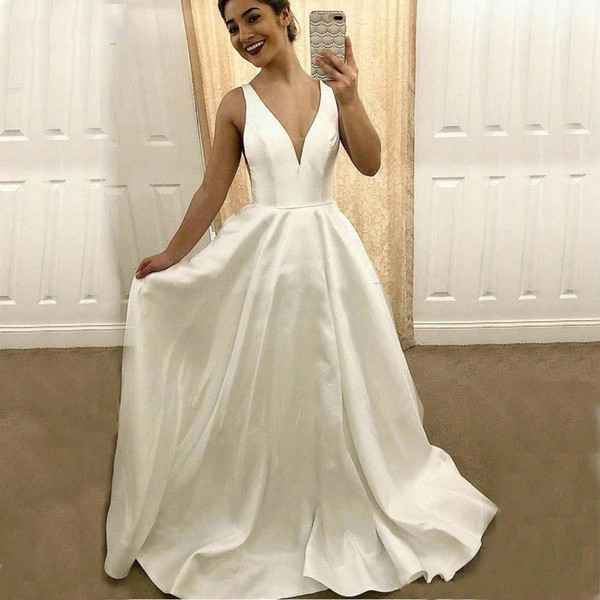 Discount 2020 Cheap White V Neck Wedding Gowns Satin Backless Bride Dresses Sleeveless Sweep Train Country Plain Garden Chapel Wedding Dress Wedding
