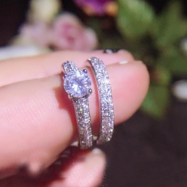 2019 Vitcoria Wieck Luxury Jewelry Stunning 925 Sterling Silver Round Cut Cubic Zirconia CZ Diamond Gemstones Cute Party Women Couple Ring