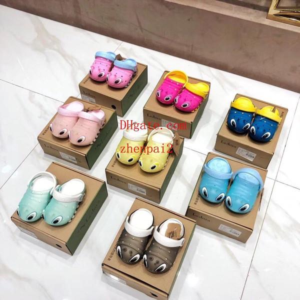 Kinderschuhe Kindersandalen Lochschuhe Verstellbare Spitze Sandalen und Hausschuhe Atmungsaktiv Rutschfeste Textur Ultraleichte Kindersandalen
