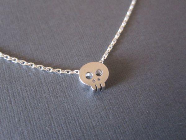 30 terror small Skull head skeleton charm Necklace Cute Sneaky Alien Necklace Simple Devil Skeleton Ghost Man Tatar Horror necklace Jewelry