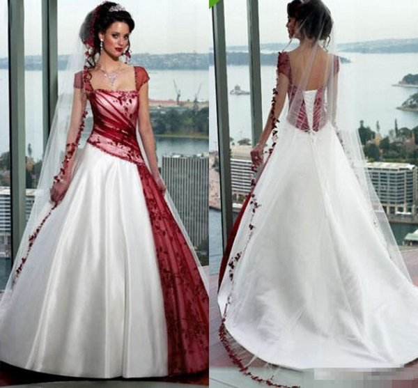Discount Vintage Cream And Burgundy A Line Wedding Dresses 2018 Square Cap Sleeve Court Train Lace Up Country Garden Gothic Wedding Gowns Empire Line