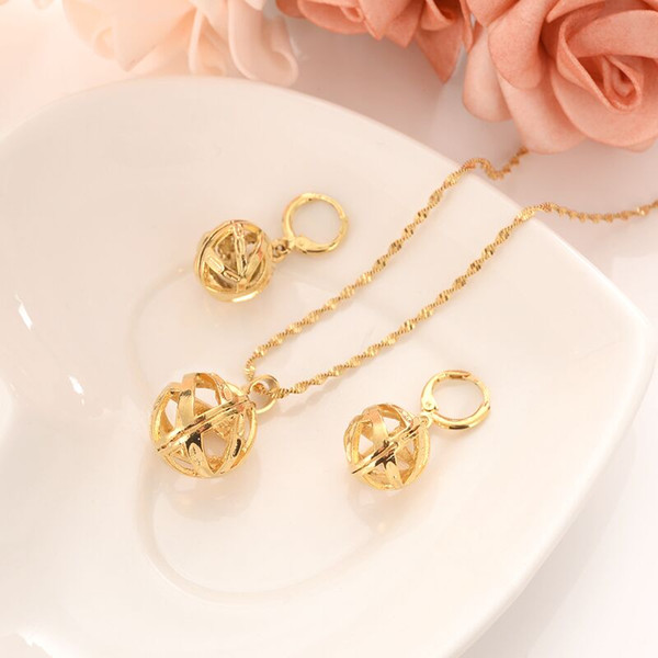 Lovely Hollow Ball Round Pendant Necklace Earrings Set 14 K Fine Gold GF Trendy Party
