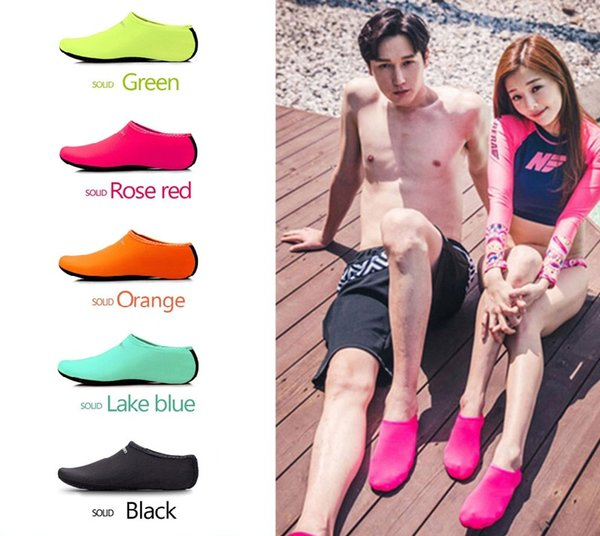 top popular Water Sports Diving Socks Kids Adults Anti Skid Beach Socks Breathable Fabric Quick Drying Swimming Surfing Wet Suit Shoes K105 2020