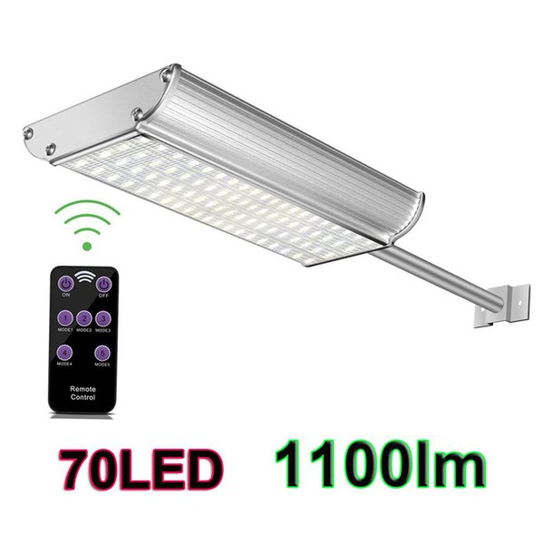 top popular Solar Wall Lights 70leds Super Brightness 1100lm White and Warm White Waterproof IP65 Aluminum LED Solar Street Light with Mounting Pole 2019