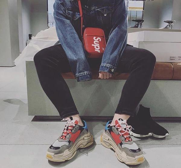 Acheter Balenciaga Triple S Sneaker 2019 Mode Paris 17FW Triple S Baskets Triple S Casual Papa Hommes Chaussures De Designer Pour Femmes Beige Noir