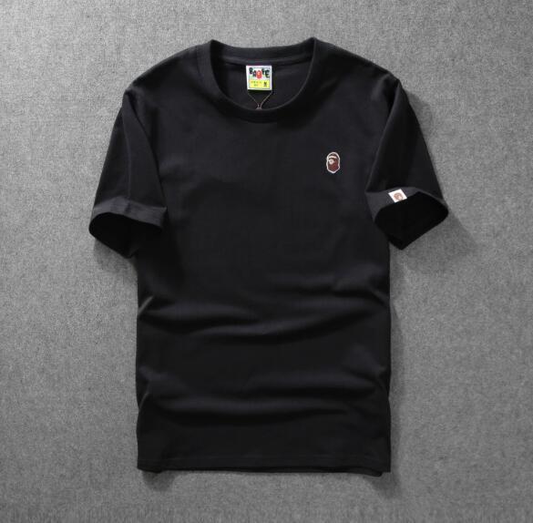 19 neue klassische Mode Persönlichkeit Stickerei lässig Sport T-Shirt Männer und Frauen Paar Kurzarm kostenlos Beitrag