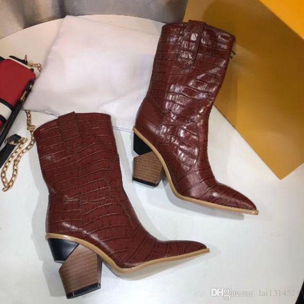 2018 nova marca de moda inverno Botas de couro e solas resistentes lazer senhora Martin botas robusto calcanhar botas de chuva coxa