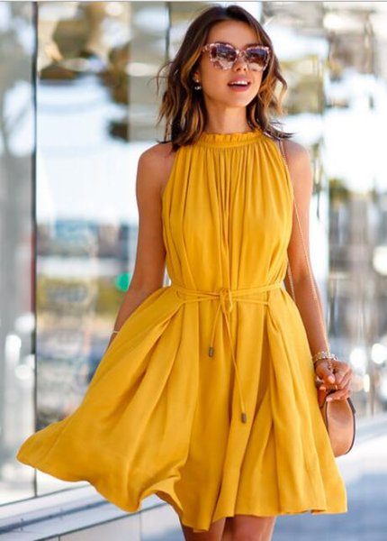 European and American summer new star with the same paragraph solid color pleated skirt solid color round neck sleeveless waist skirt