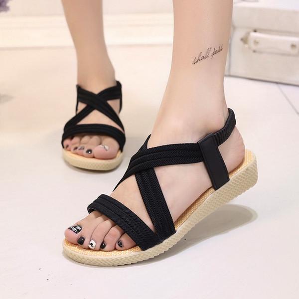 Las sandalias de las mujeres de la moda de las nuevas mujeres del verano nuevas sandalias de pico plano simples de las sandalias de pescado de color puro sandalias romanas