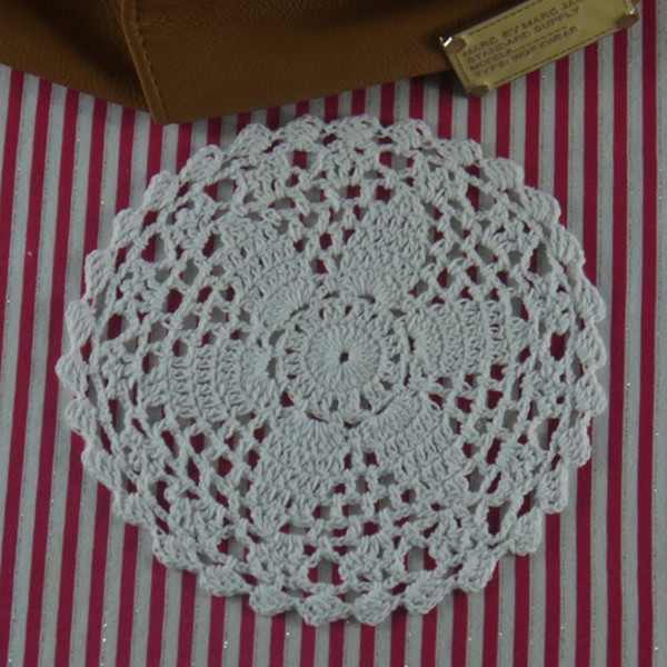 Chic Handmade Crocheted Doilies Round 16cm/6'' Coasters Tablecloth 30PCS Placemats crocheted coasters, wedding centerpieces
