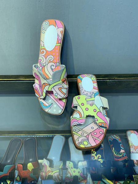 Sandals Women Genuine Leather Slippers Open Toe Flip Flop Designer Scuffs Women Flat Shoes Summer Beach Slippers Wholesale