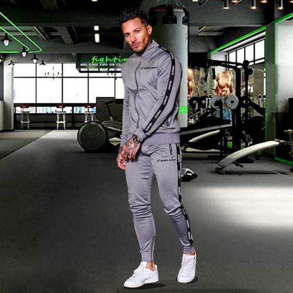 bdea30ef88 Juego de chándal de entrenamiento deportivo para correr Hombres Ropa  deportiva Joggers Hombre Fitness Culturismo Sudaderas