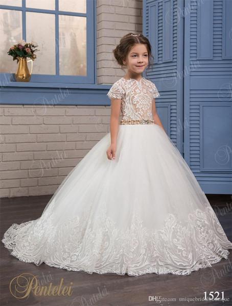 Vestidos De Casamento para Meninas De Flores 2019 Pentelei Barato com Mangas Curtas e Pérolas frisado Apliques de Correias Tule Princesa Meninas Vestidos de Baile