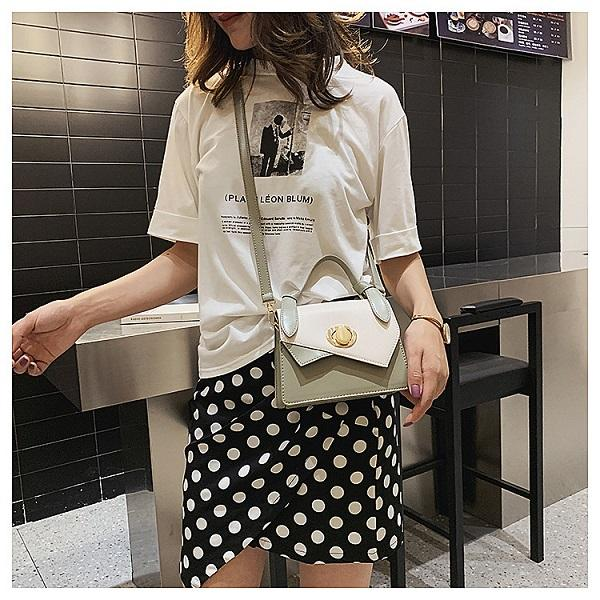 Women's shoulder bag 2019 new leisure small fresh wild women's bag simple fashion Messenger bag wholesale
