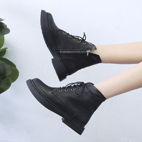 Zapatos botas de goma Bootee mujer de las mujeres 2019 zapatos de tacón bajo botines botines del diseñador de las señoras de lujo del dedo del pie redondo del cordón hasta media pantorrilla Lluvia