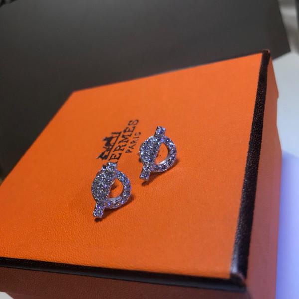 Nouvelles Femmes Élégant Ronde Artificielle Perle Crochet Percé Dangle Boucles D'oreilles De Mode Nouveaux Bijoux Montres 0056