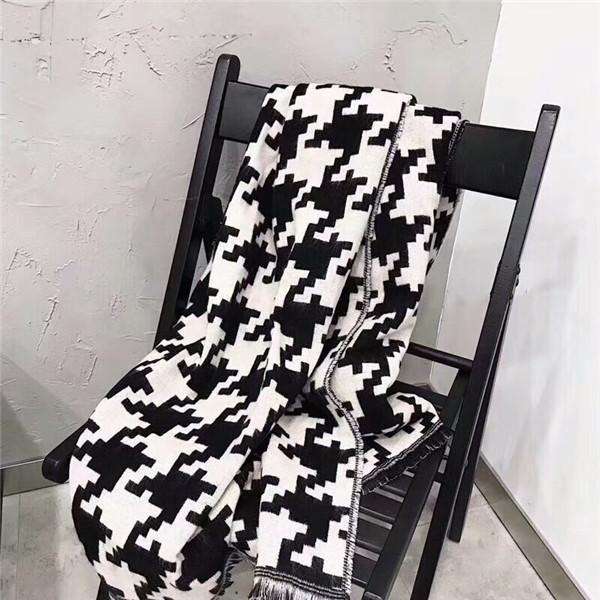 Moda y clásico cálido, cómodo y elegante de lana e invierno para mujer. 1000 pájaro con pañuelo con bufanda.