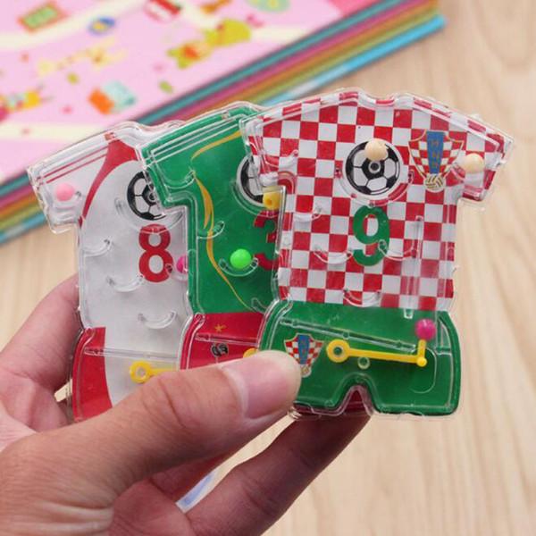 Kids Happy Birthday Party Favor de Fútbol Use Pin Ball Game Girl Boy Party Regalo Baby Shower Recuerdos Presente ZC0826