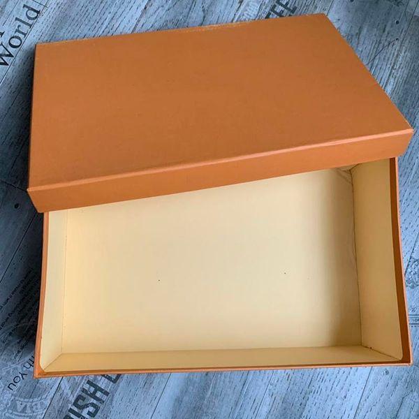 Bolsa de compra con la caja