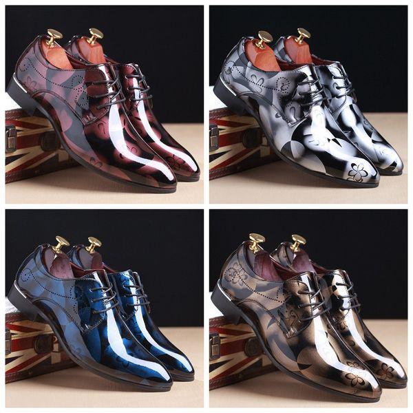 Горячие Продажи-Мода Британский мужской Блеск Печати Квартиры Мужчины Платье Тени Лакированная Кожа PU Дерби Masculino Жених Бизнес Свадебные Оксфорд обувь