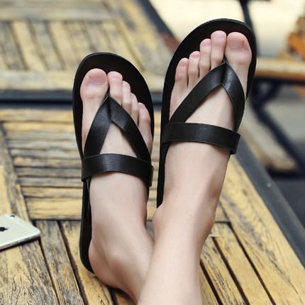 2019 summer explosion models fashion drag male tide drag personality Korean leisure sandals Roman sandals non-slip beach slippers