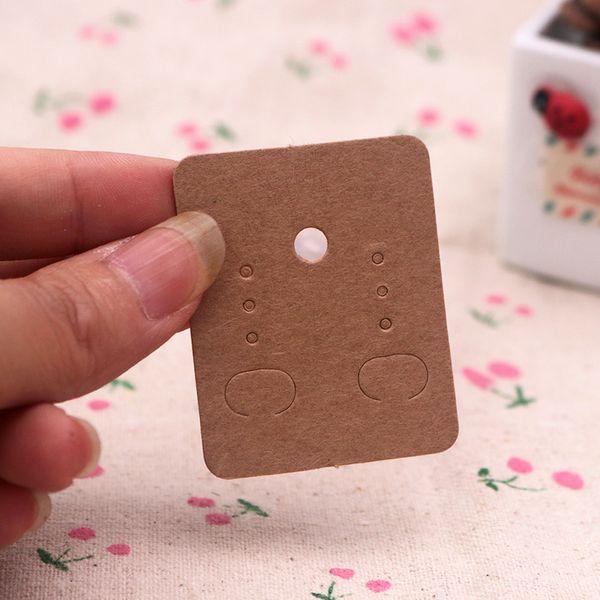 Mini tamaño 3.8 * 4.8 cm Pendientes de botón Tarjeta Orejeras Tarjetas blanco / negro / Kraft Marrón Etiqueta de colgar Exhibición de la joyería