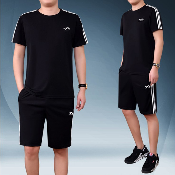 Mens Summer Solid Color Sports Suit T Shirts+Black Knee Length Shorts Round Collar T-shirt 2019 New Casual Tracksuits Plus Size M-5XL