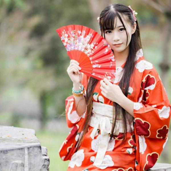 Kimono japonais Robe longue Femmes Kimonos Robe Wafukus Cosplay Vintage amélioré Vêtements chinois imprimé fleurs rouge Kimonos Wafuku