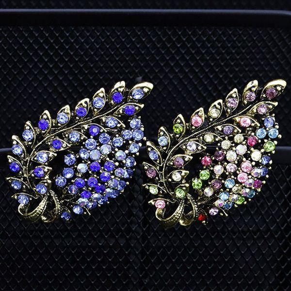 2019 NUOVI spille a forma di boutonniere a foglia delicata per donna Spilla in lega di cristallo vintage Abito Abbigliamento Accessori Decor gioielli