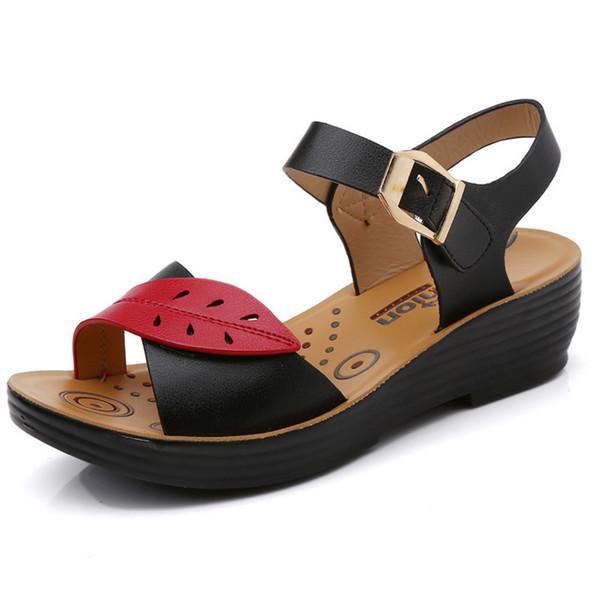 Scarpe casual da donna fashion Sandali estivi Slipper Scarpe da spiaggia Nero / Rosso Suola antiscivolo in gomma Scarpe da donna Work / home Zeppe Platform T652