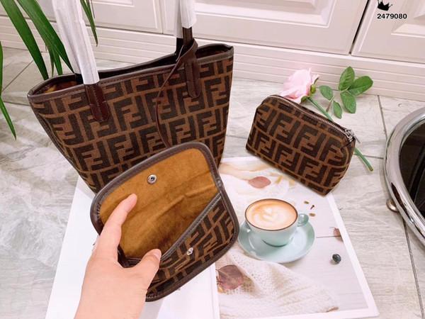 2019 Europe et la nouvelle mode haut de gamme sauvage Messenger sac à main petit sac carré sac à bandoulière sac haut de gamme hot female55576