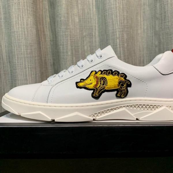 Scarpe casual in pelle traspirante corrispondenza dei colori moda selvaggia scarpe basse scarpe classiche da uomo caldo vendite dirette della fabbrica