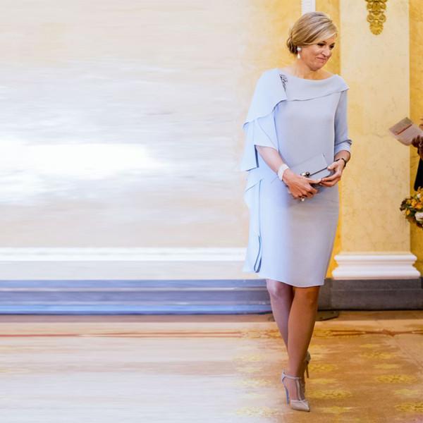 Колено Оболочка Длина матери невесты платья Простые оборками Свадеб платье Короткое атласная вечернее платье выпускного вечера