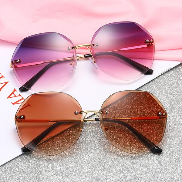 Moda Poligon Kesilmiş Güneş Gözlüğü Kadın Retro Seyahat Plaj Metal Çerçevesiz Gözlükler Lady Sürüş Spor Gözlük TTA1134