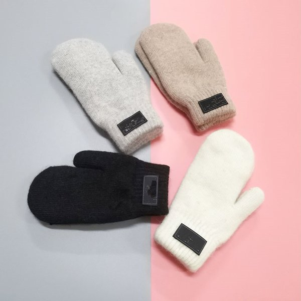 Women's Gloves for Winter and Autumn Cashmere Mittens Gloves with Lovely Fur Ball Outdoor sport warm Winter Gloves MMA2674