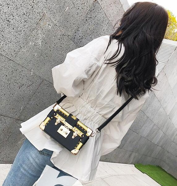 Europa e gli Stati Uniti popolare nuova moda onda fibbia della serratura piccola borsa quadrata versione coreana del pacchetto borsa a tracolla # 004