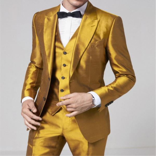 Mais recente Casaco Calça Designs Homens De Cetim De Ouro Terno Formal Skinny Blazer Estágio Brilhante Estilo Prom Tuxedo Personalizado 3 Peça Jaqueta Calça Terno
