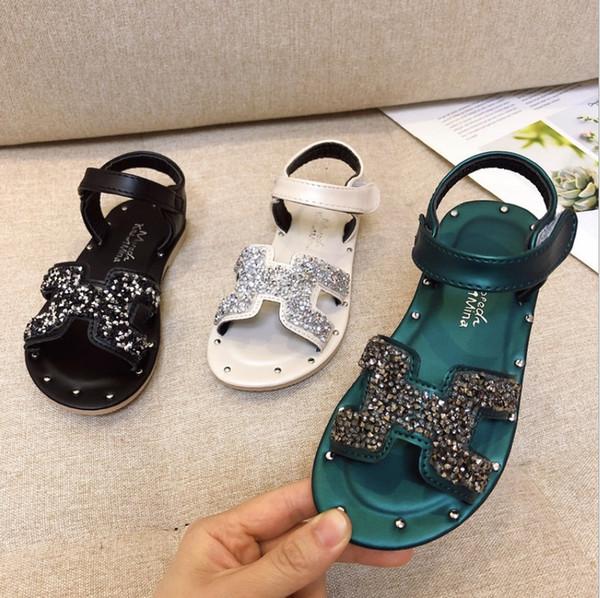 Kızlar Prenses ayakkabı 2019 yaz yeni yumuşak alt ayak sandalet moda küçük kız çocuk plaj ayakkabı bebek