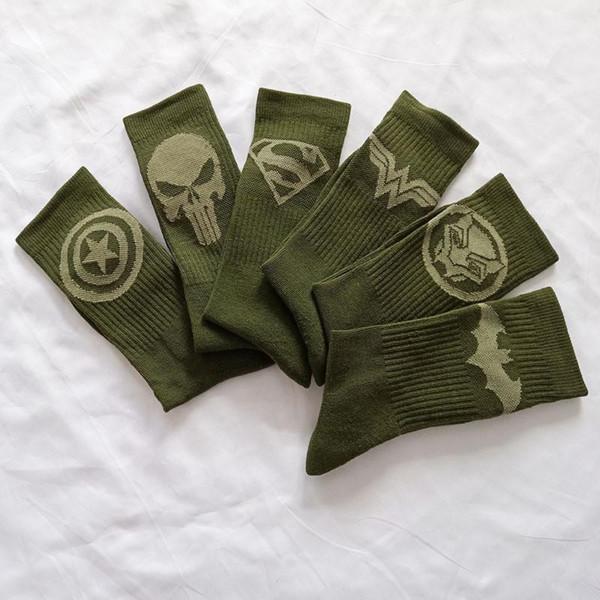 Marvel Peripheral Herren Designer Socken Marvel Hero Series Print Fashion Strümpfe Haushalt Paar Mid Calf Strumpfwaren